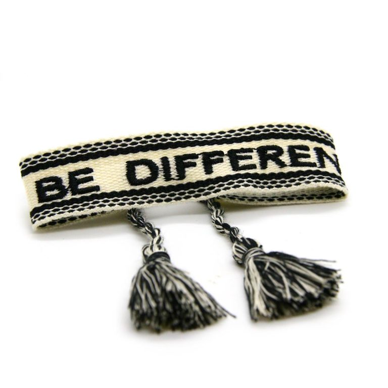 "STOFFBAND ""Be Different"""